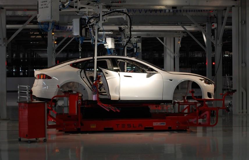 Tesla factory,  Maurizio Pesce